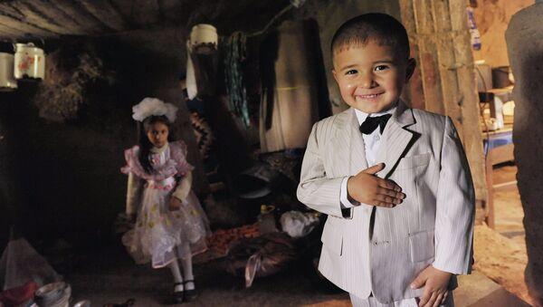 Таджикские дети. Архивное фото - Sputnik Тоҷикистон