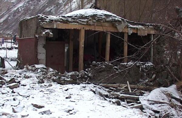 Результаты землетрясения в долине Бартанг Рушанского района. Архивное фото - Sputnik Таджикистан
