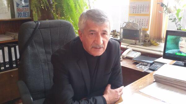 Председатель Совета общественного объединения Союз Чернобыль Таджикистана Фаридун Хакимов. - Sputnik Таджикистан
