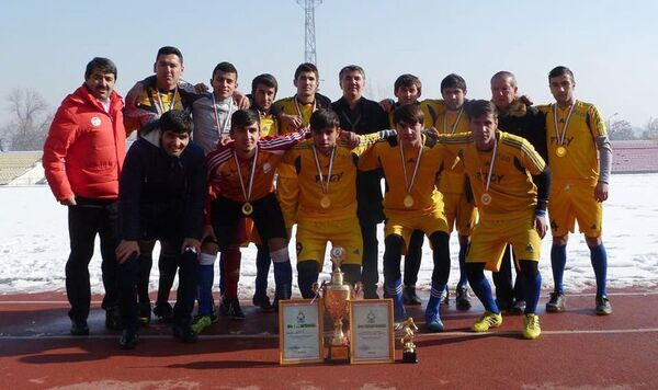 Футбольная команда РТСУ - Sputnik Таджикистан