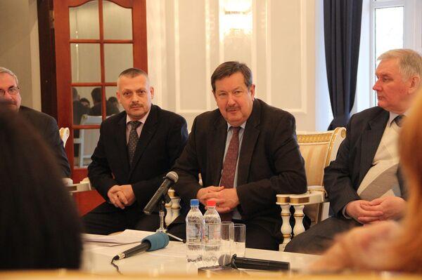 Выступление Посла России в Таджикистане И.С.Лякина-Фролова на встрече с ведущими представителями СМИ 28 декабря 2015 г. - Sputnik Таджикистан