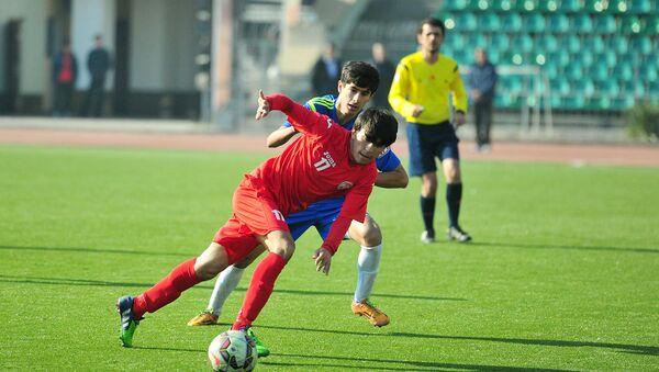 Эпизод матча молодежной сборной РТ по футболу 29 декабря 2015 года - Sputnik Таджикистан