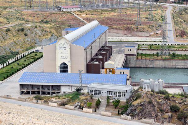 Сангтудинская ГЭС-1 в Таджикистане - Sputnik Таджикистан