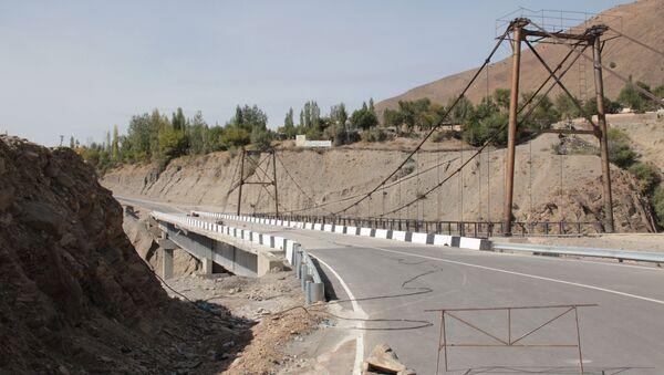 Новый мост на дороге Душанбе-Пенджикент - Sputnik Тоҷикистон