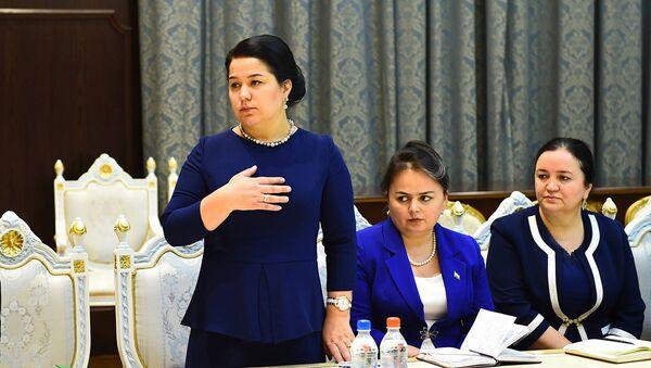 Эмомали Рахмон назначил Рахмон Озоду Эмомали руководителем Исполнительного аппарата президента - Sputnik Таджикистан
