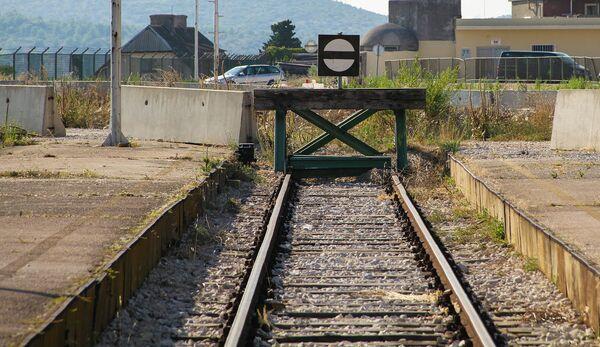 Железнодорожный тупик. Архивное фото - Sputnik Таджикистан