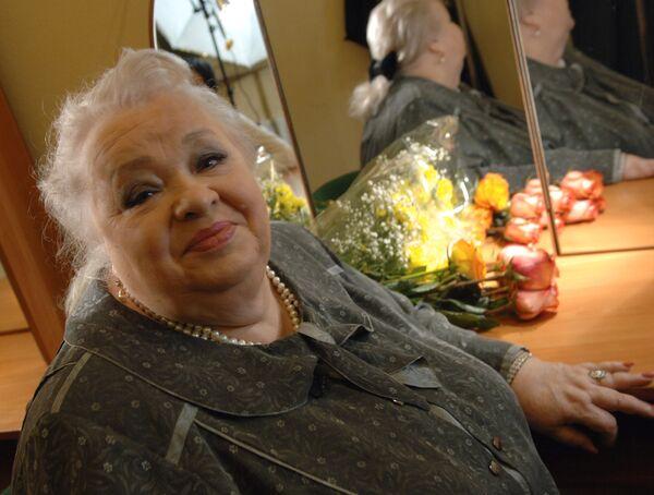 Заслуженная артистка России Наталья Крачковская. Архивное фото - Sputnik Таджикистан