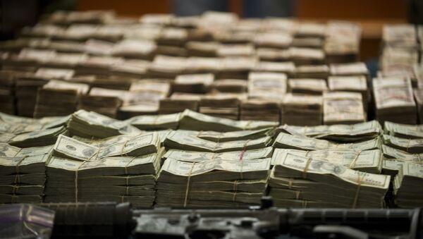 Деньги, изъятые у наркокартеля. Архивное фото - Sputnik Тоҷикистон