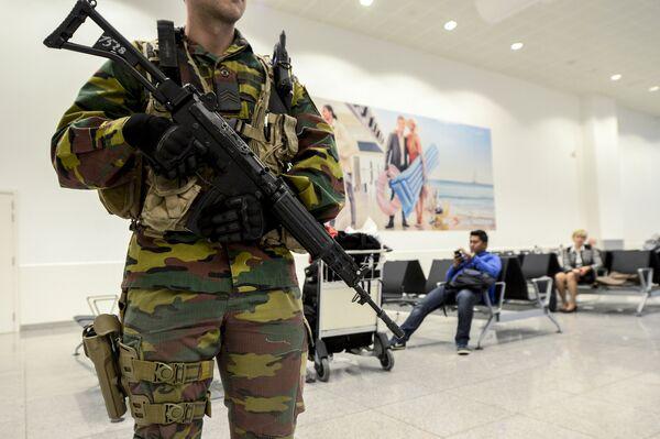 Международный аэропорт в Брюсселе - Sputnik Таджикистан
