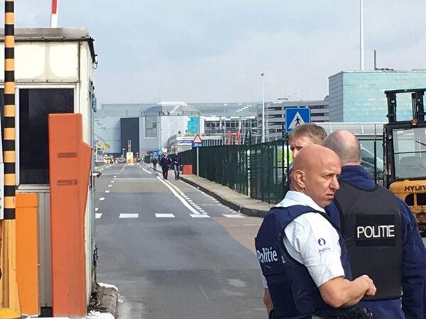Взрывы в Брюсселе - Sputnik Таджикистан