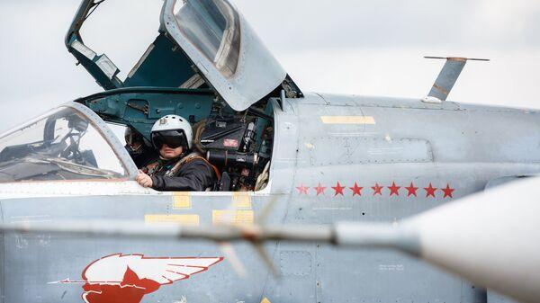 Подготовка к вылету самолетов ВКС России на авиабазе Хмеймим в Сирии. Архивное фото - Sputnik Таджикистан