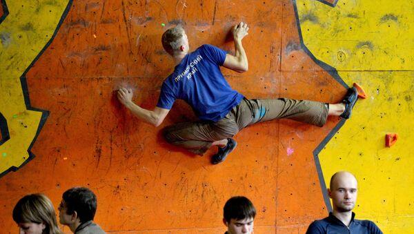 Соревнования по скалолазанию, архивное фото - Sputnik Таджикистан