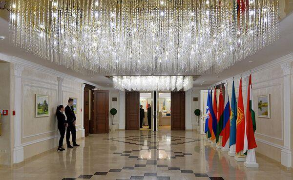 Местом встречи начальников штабов вооруженных сил стран СНГ стал минский Президент-Отель. - Sputnik Таджикистан
