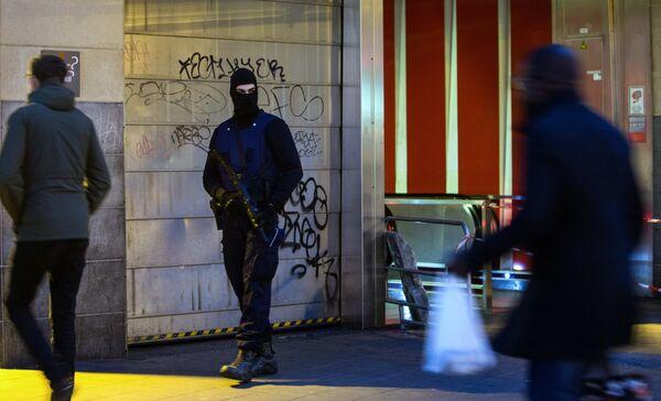 Ситуация в Брюсселе после серии взрывов в аэропорту и метро - Sputnik Таджикистан