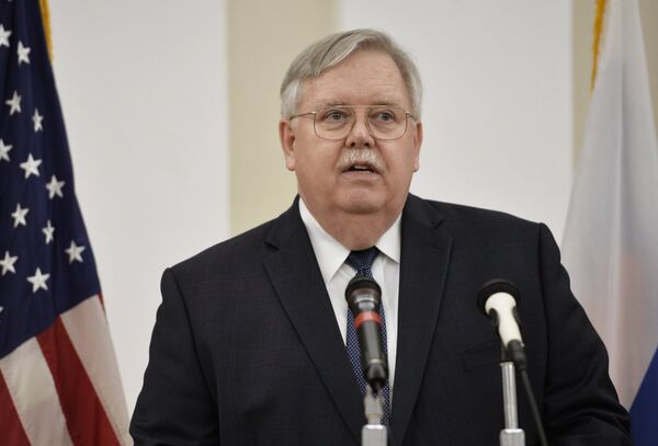 Посол США в России Джон Теффт. Архивное фото - Sputnik Таджикистан