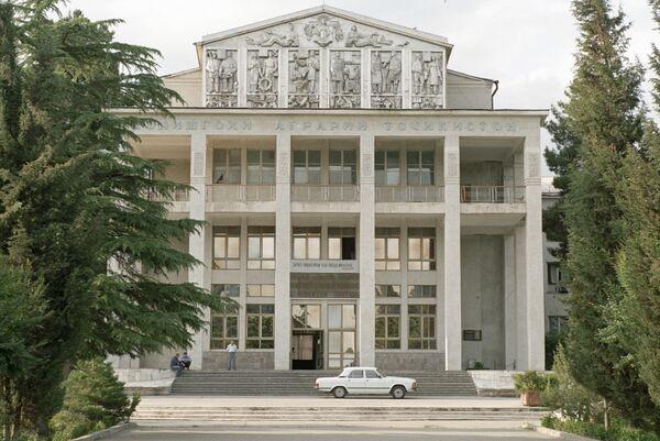 Здание Аграрного университета. Архивное фото - Sputnik Таджикистан
