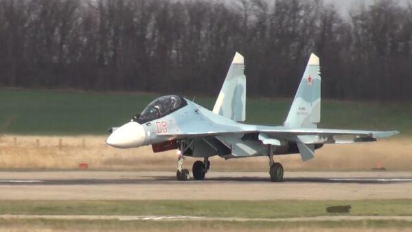 СУ-30СМ - Истребитель, штурмовик, бомбардировщик - Sputnik Таджикистан