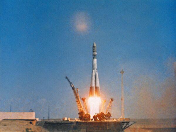 Старт космического корабля Восток-1 - Sputnik Таджикистан