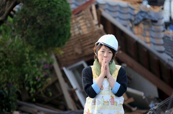 Япония после землетрясния - Sputnik Таджикистан