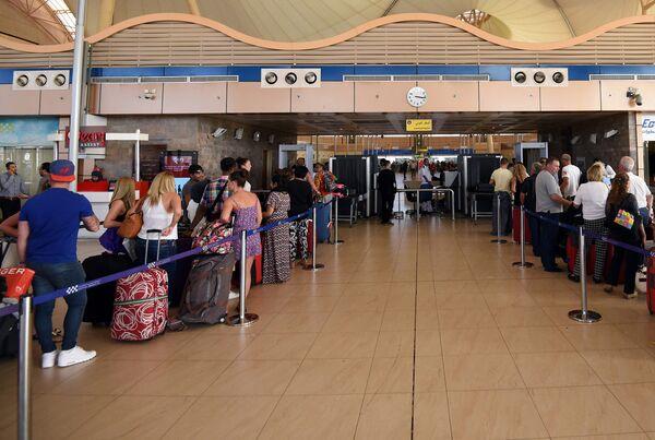 Аэропорт Шарм-эш-Шейха. Архивное фото - Sputnik Таджикистан
