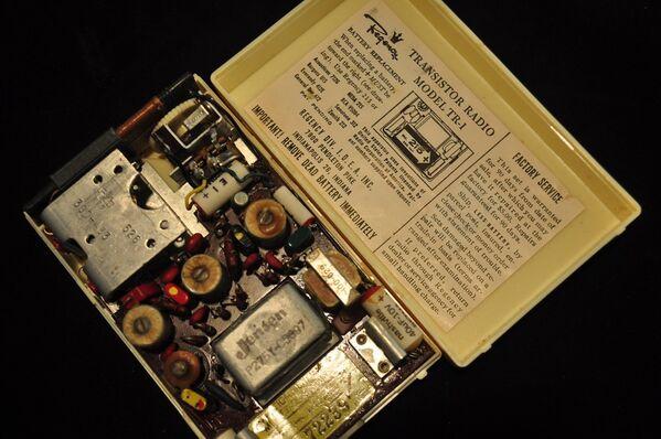 TR-1 Transistor Radio. Архивное фото - Sputnik Таджикистан