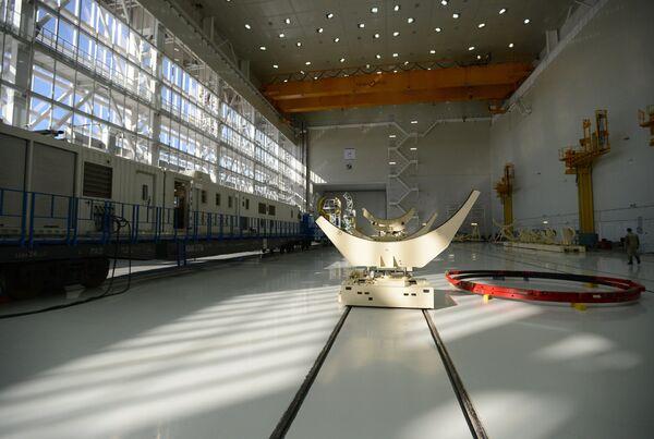 Технический корпус космодрома Восточный, где производится сборка ракеты-носителя. Архивное фото - Sputnik Таджикистан