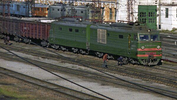 Товарный поезд. Архивное фото - Sputnik Тоҷикистон