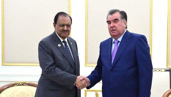 Глава Таджикистана Эмомали Рахмон и президент Пакистана Мамнун Хусейн - Sputnik Таджикистан