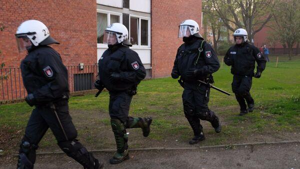 Сотрудники полиции в Германии. Архивное фото - Sputnik Тоҷикистон