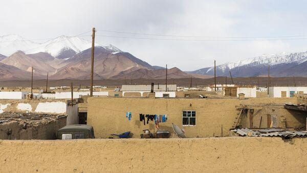 Вид на селение в Караколе - Sputnik Таджикистан