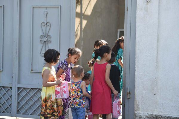 Священный праздник Ид аль-Фитр: как в Душанбе отметили Иди Рамазон - Sputnik Таджикистан