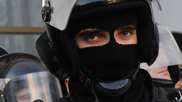 Сотрудник правоохранительных органов. Архивное фото - Sputnik Таджикистан