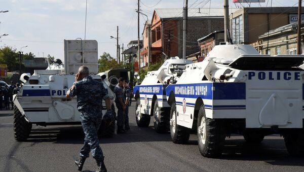 Захват полицейского участка в Ереване - Sputnik Таджикистан