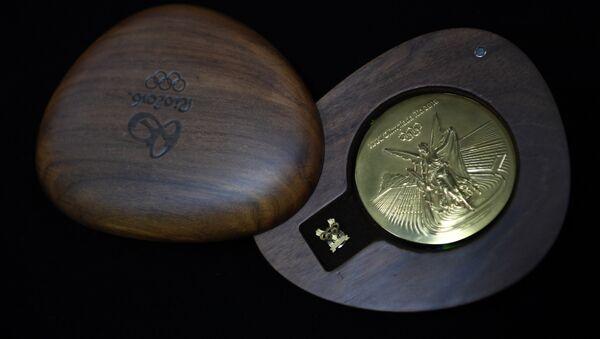 Медали для Олимпиады в Рио: процесс производства - Sputnik Таджикистан