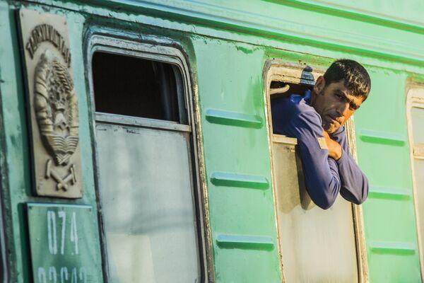 Марафони байналмиллалӣ тариқи қатора Душанбе-Маскав. - Sputnik Тоҷикистон