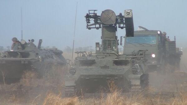 Зенитные установки, танки и вертолеты под Чистым небом - Sputnik Таджикистан
