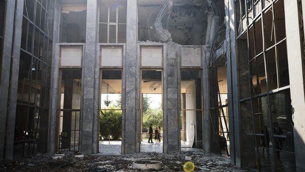 Пострадавшее после взрыва здание парламента в Анкаре - Sputnik Таджикистан