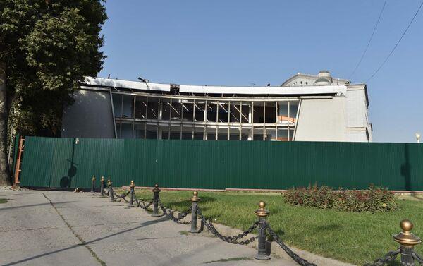 В центре Душанбе сносят кинотеатр Джами - Sputnik Таджикистан