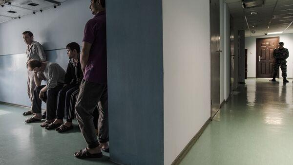 Центр содержания нелегальных мигрантов, архивное фото - Sputnik Таджикистан