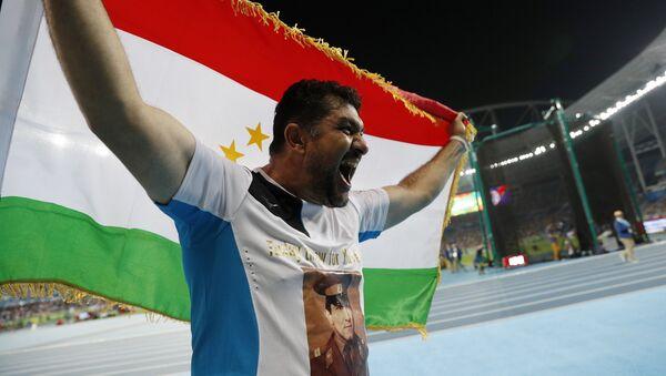 Дильшод Назаров после победы в Олимпийских играх - Sputnik Таджикистан