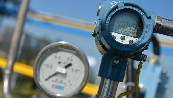 Датчики на автоматической газораспределительной станции газопровода, архивное фото - Sputnik Таджикистан