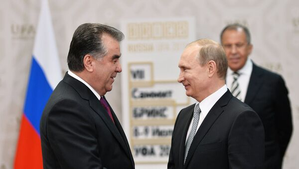 Беседа Президента Российской Федерации Владимира Путина с Президентом Таджикистана Эмомали Рахмоном - Sputnik Таджикистан