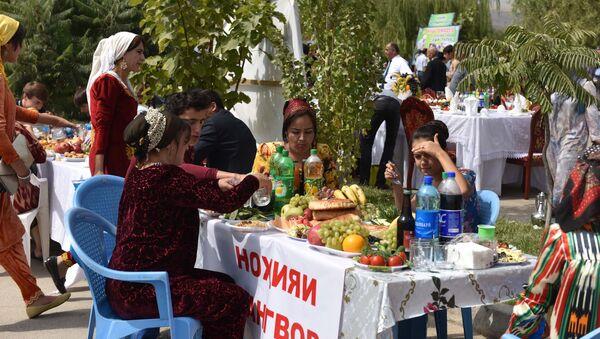 Конкурс-фестиваль на лучший плов в Душанбе - Sputnik Тоҷикистон