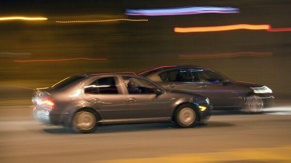 Ночные гонки. Архивное фото - Sputnik Таджикистан