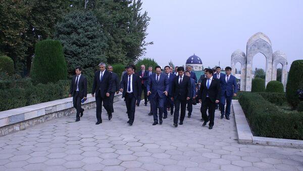 Делегация из Кыргызстана в Андижане - Sputnik Таджикистан