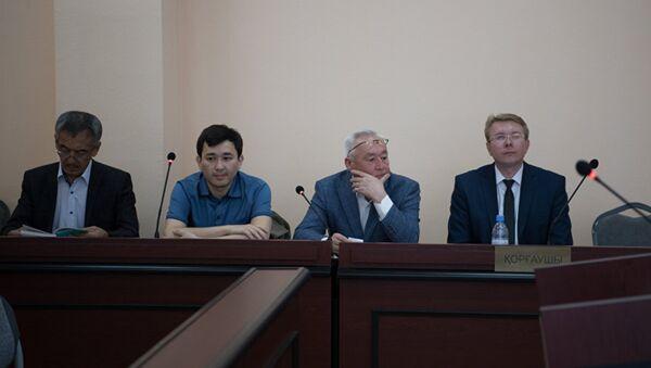 Суд над Сейтказы и Асетом Матаевыми - Sputnik Таджикистан