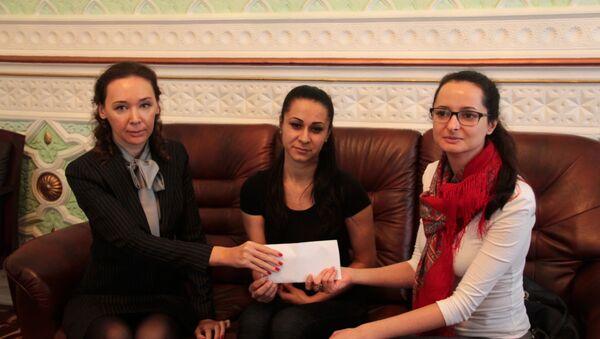 Меценат из России помогла девушке из Таджикистана - Sputnik Таджикистан