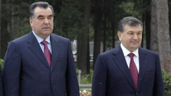 Эмомали Рахмон и Шавкат Мирзиёев, архивное фото - Sputnik Таджикистан
