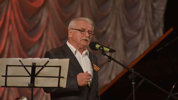 Творческий вечер народного артиста России Сергея Никоненко в Душанбе - Sputnik Таджикистан