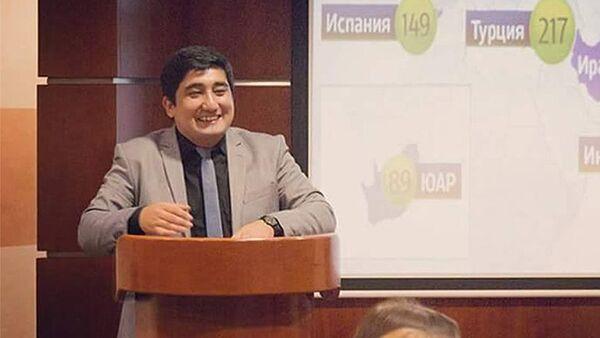 Узбекский политолог Рафаил Саттаров - Sputnik Таджикистан
